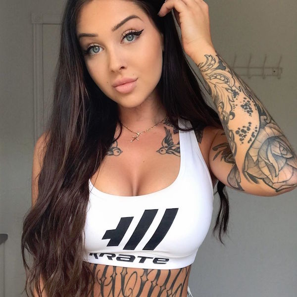 valerie c 1 9 2017 10 26 54 555 If you like tats, then Valerie should be a known fact (24 Photos)