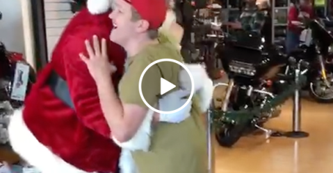 Disabled man adorably excited to meet Santa (Video)