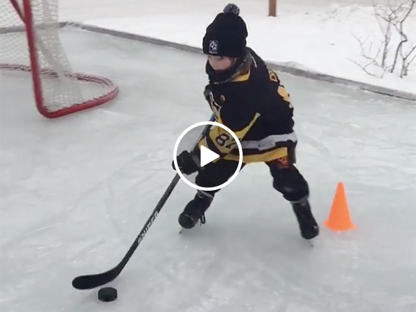 Young Hockey Star Could Play for the New York Rangers or Blackhawks