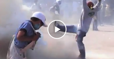 Explosion sends sledgehammer flying in Mexican festival (Video)