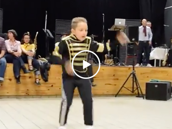 Little Kid Dances to Michael Jackson Songs and Nails It