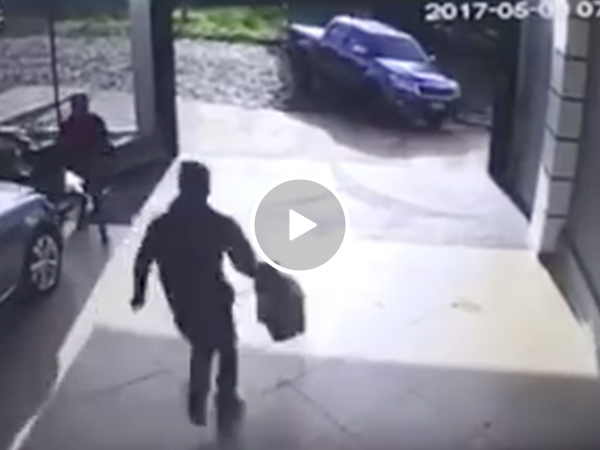 Homeowner takes justice into own hands when he finds burglars at home