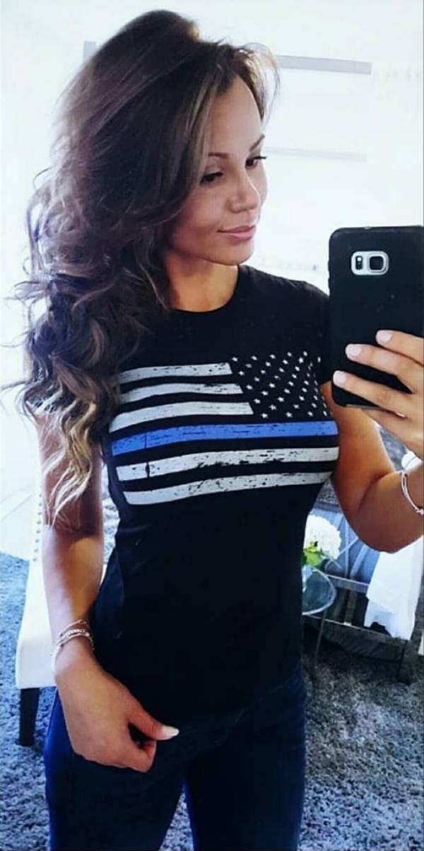 Marine to model meet Samantha Reagan Bonilla    (25 Photos)