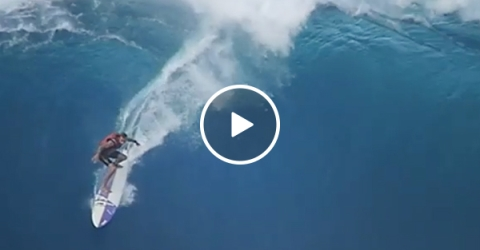 Surfing highlight Video of Wipe Outs at Pipeline