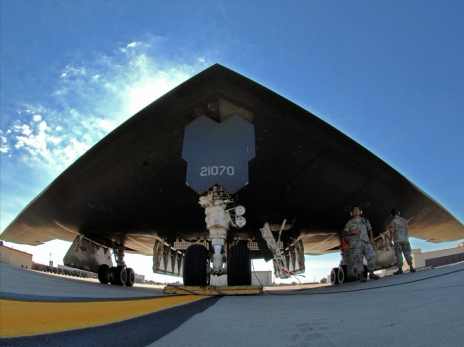 b 2 stealth bomber 960 41 Silent facts of the B 2 Stealth Bomber (54 HQ Photos)