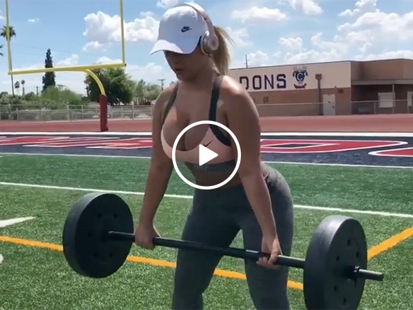 Hot Girl in a Sports Bra Does a Weightlifting Workout In Summer