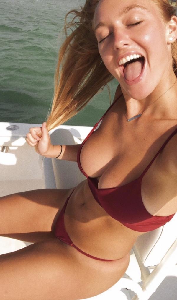 hot selfies photos