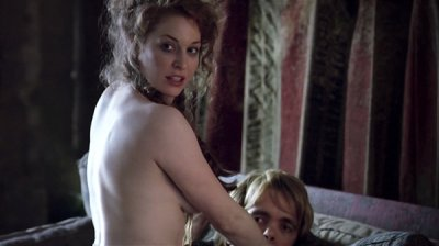 Game of thrones nude scenes season 1 We Broke Down Every Nude Scene In Game Of Thrones And You Re Welcome