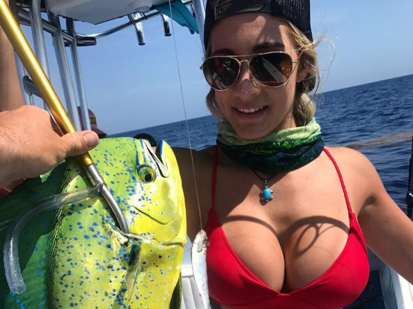 Pictures of sexy women fishing. Women who know their way around a pole. A fishing pole (36 Photos)
