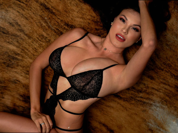 Let's be honest, everyday is a great day for lingerie / Sunday is the best day for lacy lingerie (51 Photos)