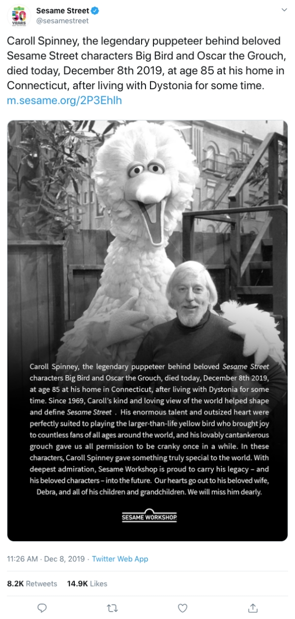 big bird rip caroll spinney tribute5 Caroll Spinney, the man behind Big Bird and Oscar the Grouch, has passed away (9 Photos)