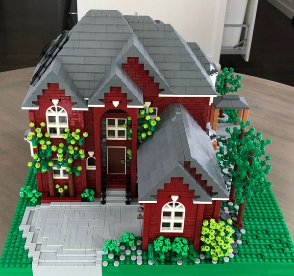 you can now get an exact replica of your house made out of legos xx photos 7 You can now get an exact replica of your home made completely out of legos (16 Photos)