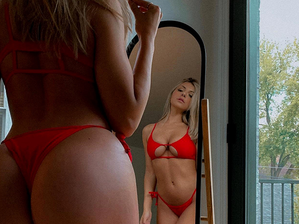 Mirror mirror on the wall… (33 Photos)