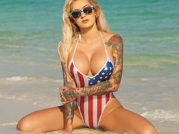 "Playboy model was also a U.S. Marine…in HIGH-RES…meet ""Combat Barbie"" -Combat Barbie Sexy Hot USMC Playboy  Model Photos Wallpaper Marine (62 HQ Photos)"