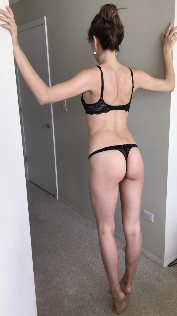 Sexy Hot Girls Photos Late night in Thursday Thongs Pics New Compilation Fit Firm Bun (101 Photos)