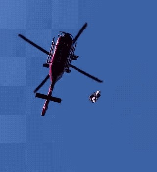 """Dog Service GIF 02 rev prt2 a 10 Brave helicopter Pararescue dog in action…meet """"Charlie"""" (16 Photos/GIFs)"""