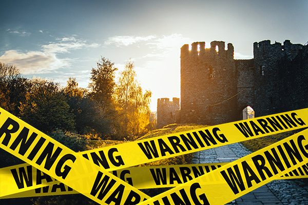 breaking news from the kingdom sir dumpty takes great fall from wall 2 Breaking news from the Kingdom: Sir Dumpty takes great fall from Castle wall