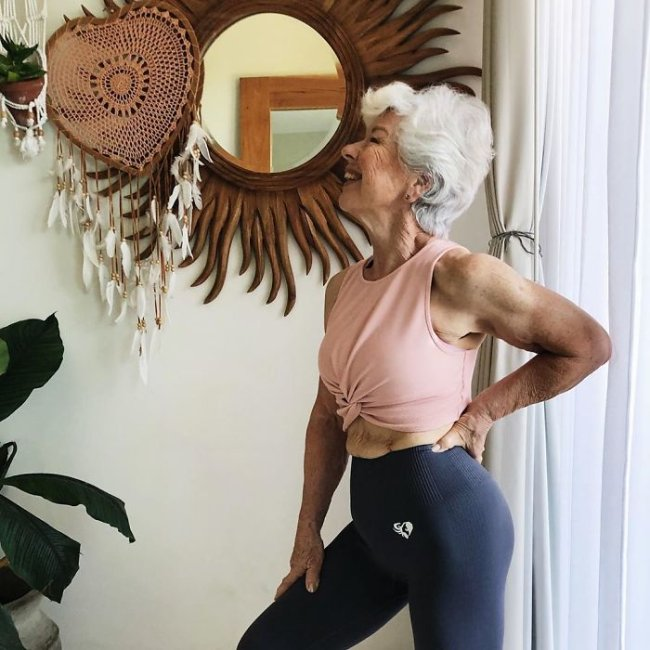This granny bakes gains instead of cookies (25 Photos)