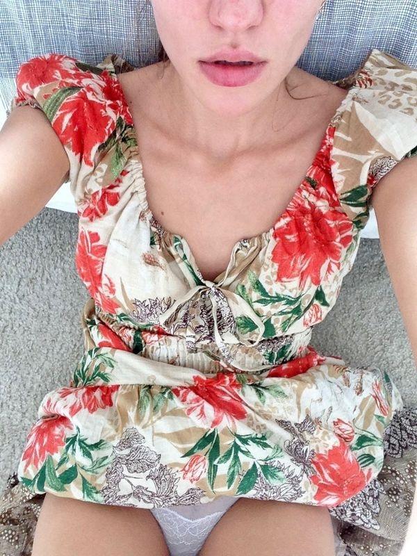 Women Challenge: Sundress season is shining through (100 Photos)5