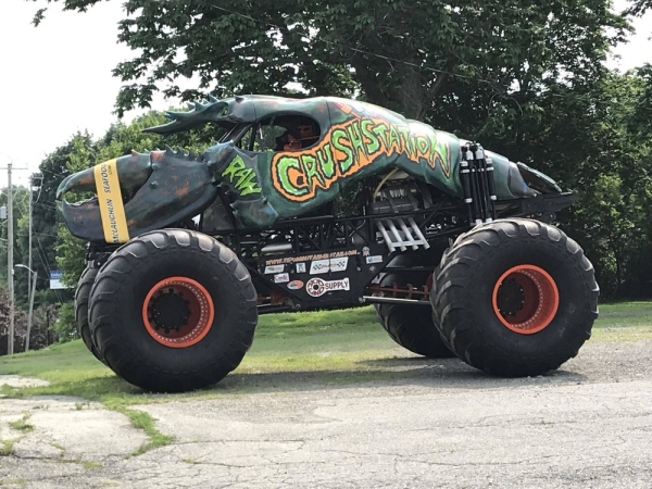 funny car mods modified0 Cars modified beyond recognition is the kinda crazy we can get behind (37 Photos)