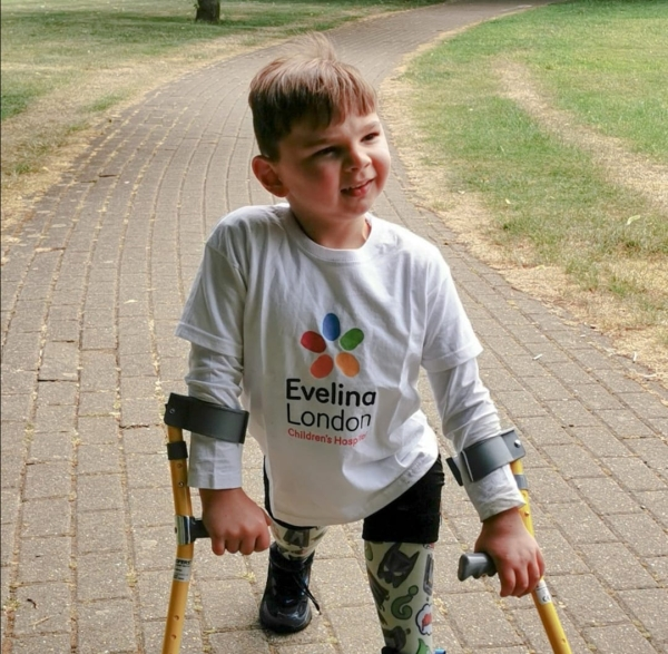 5 Year Old Double Amputee Tony Hudgell Raises Money In Charity Walk Humanity Interesting Awesome RAK 1 5 year old double amputee boy raises over £1 million in charity walk