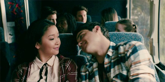 TeenDating1 2 The horrors of dating as a teen are a never ending chain of mistakes (16 GIFs)