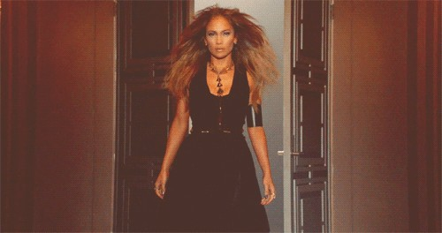 tumblr inline mjs3isolmn1qz4rgp 49 Fuego facts about Jennifer Lopez (26 Photos)