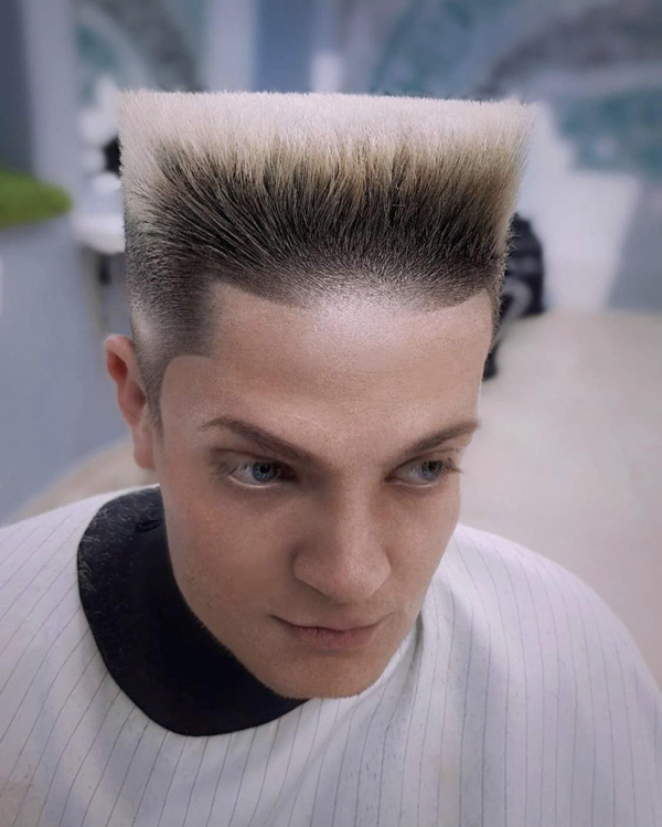30 photos 10 The trendiest haircuts of the year, and thats not saying much (30 Photos)