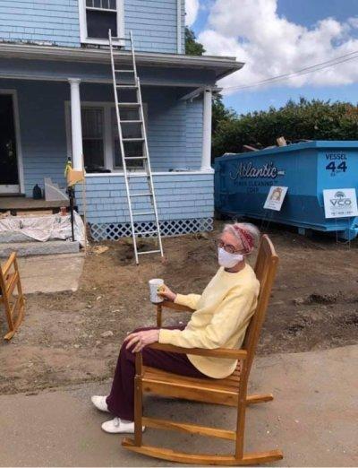 Glorias Gladiators Repair Elderly Womans Home 4 Good hearted tradesmen raise over $100k to repair elderly womans home