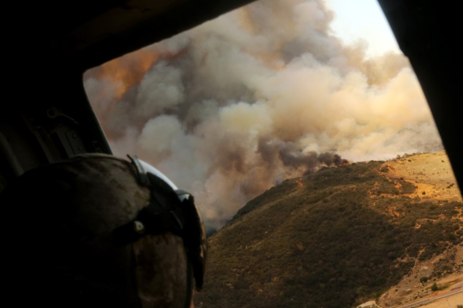 Wildfire plane helicopter 960 8 High Res: Wildfire's massive scope from FD planes/helicopters above (26 HQ Photos)
