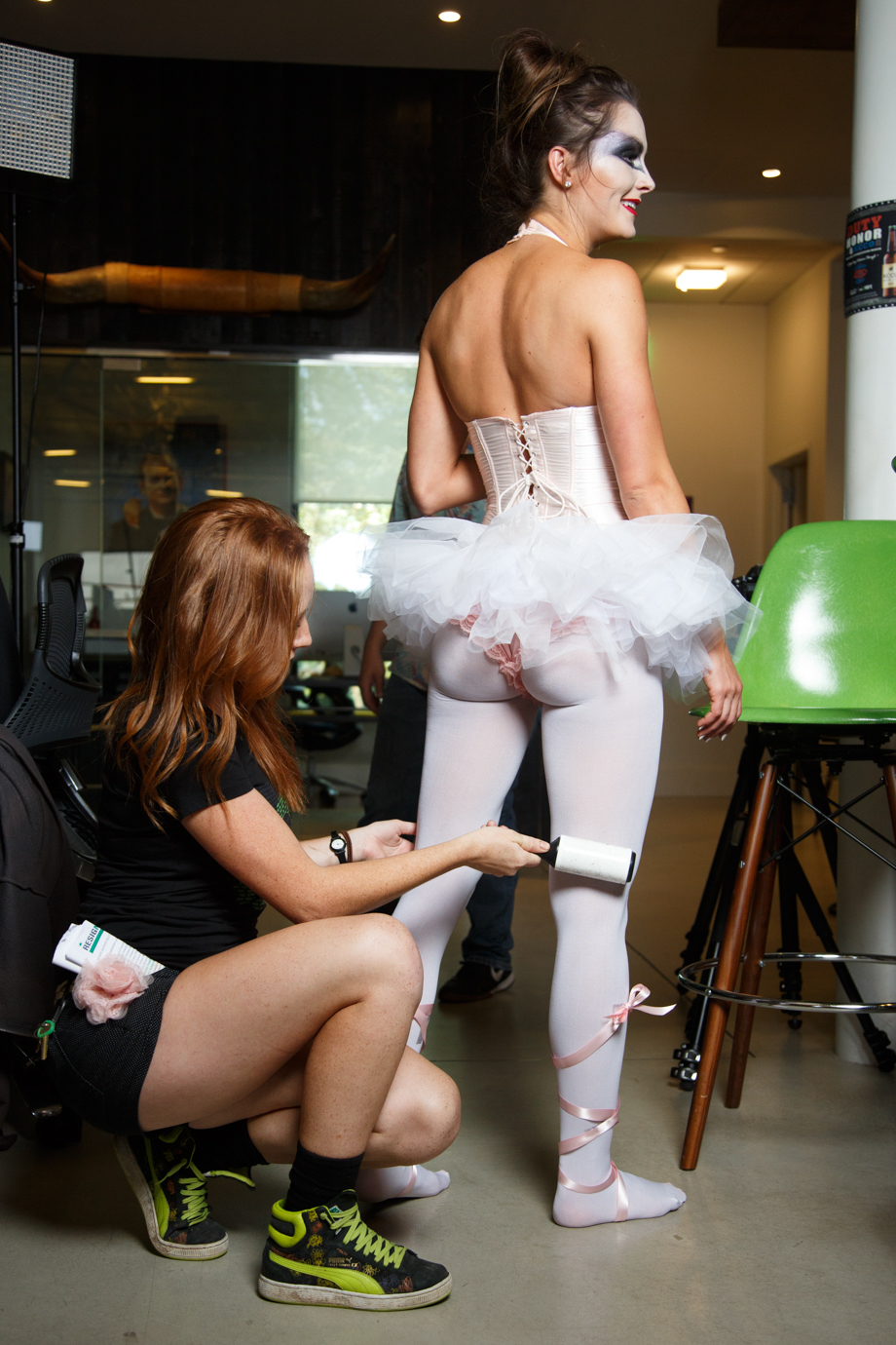 The best behind the scenes shots from theChive's Halloween shoots