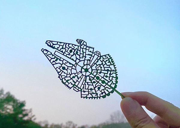 Japanese artist turns leaves into beautiful pieces of art (42 Photos)