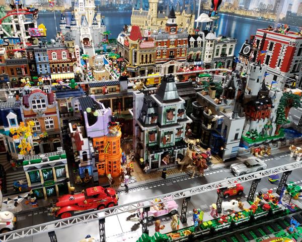grab some bricks and lego 35 photos 16 Grab some bricks and just LEGO (34 Photos)