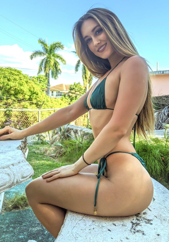 Sexy Hot Fit LifeGuard Girls Photos Bikini Swimsuit iChive ...